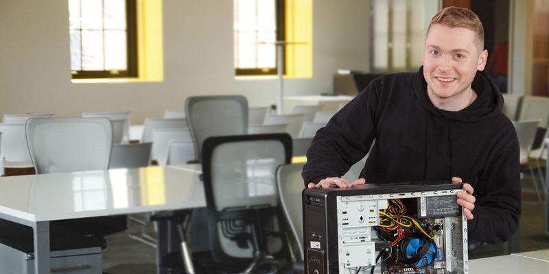 Technischer Assistent mit Computer